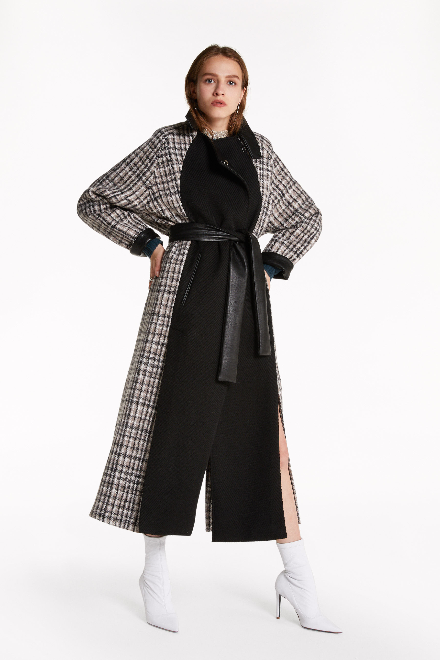 "Long ""Moon Check"" coat"