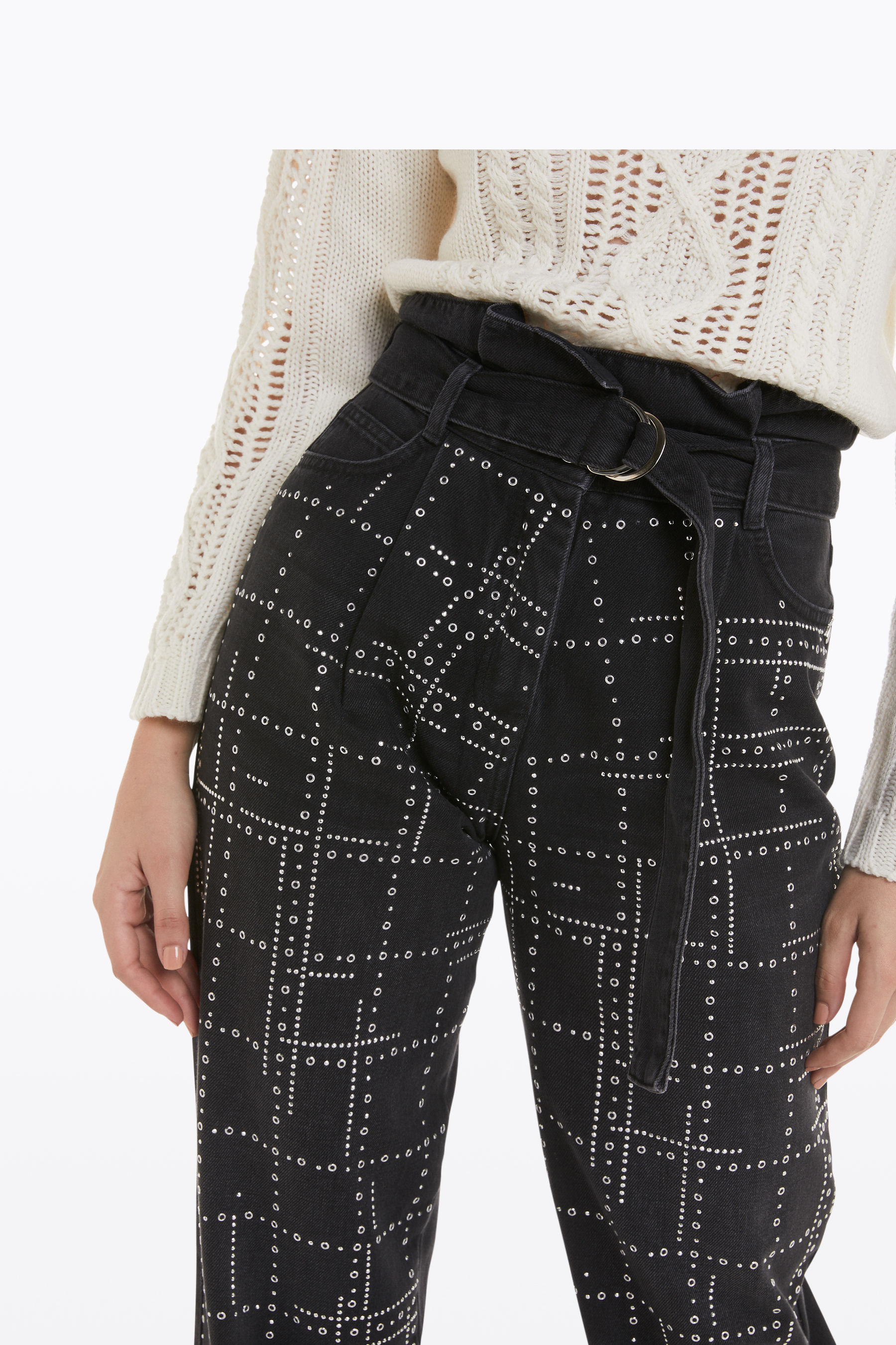 high-waisted balloon jeans