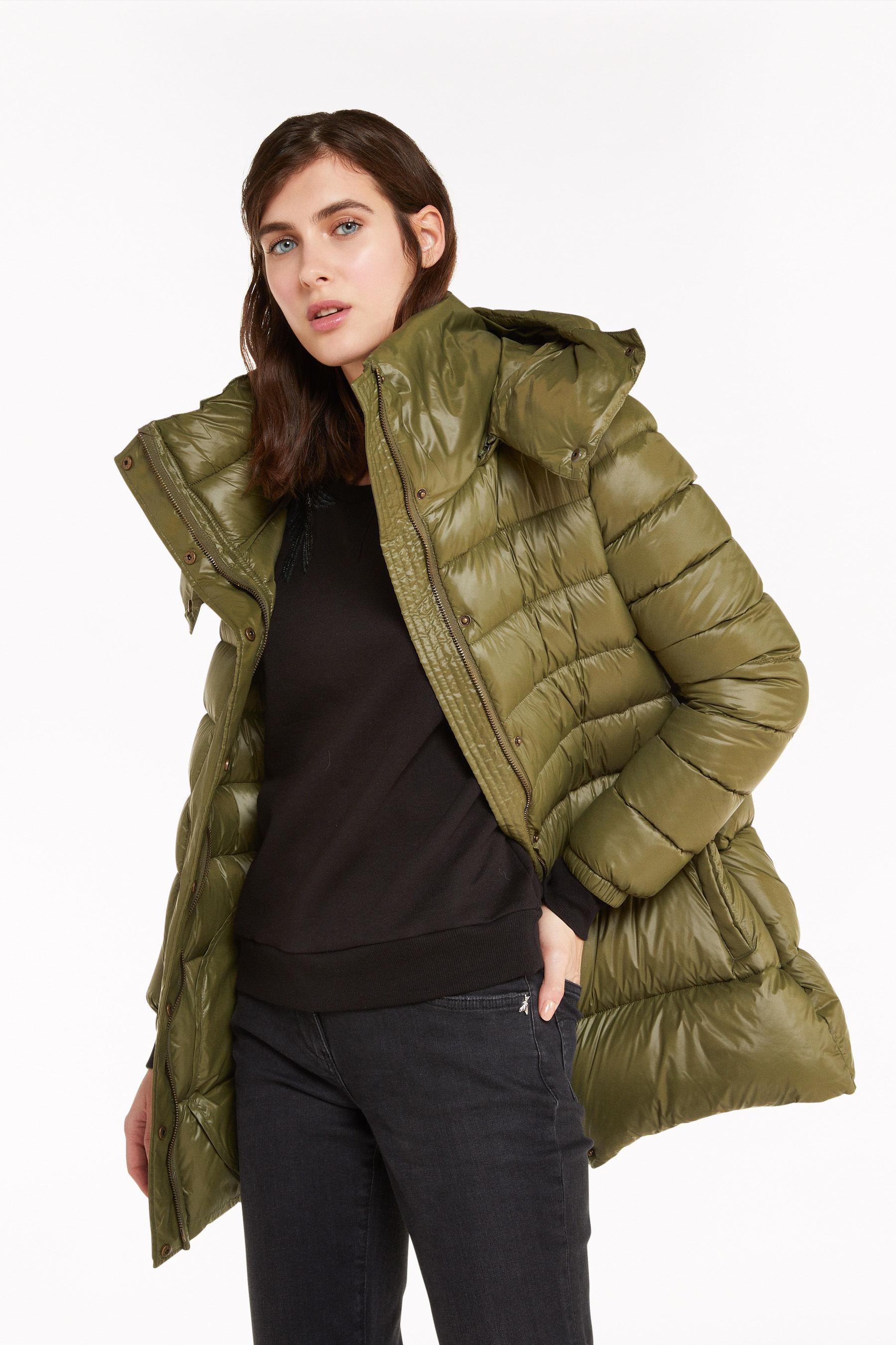 Giacche e cappotti PATRIZIA PEPE Piumino Verde in Nylon