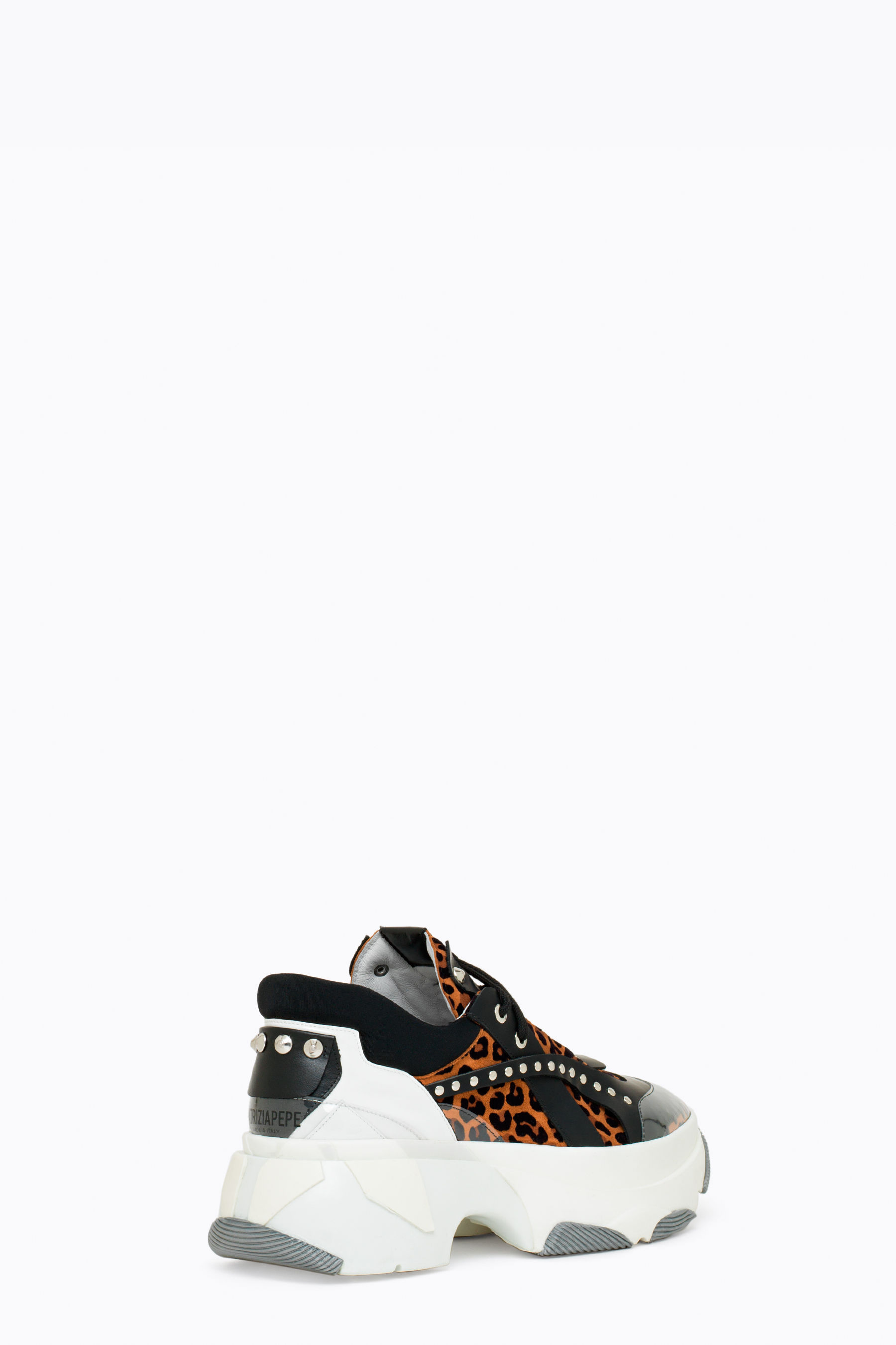 Sneakers alta in camoscio floccato leopardo