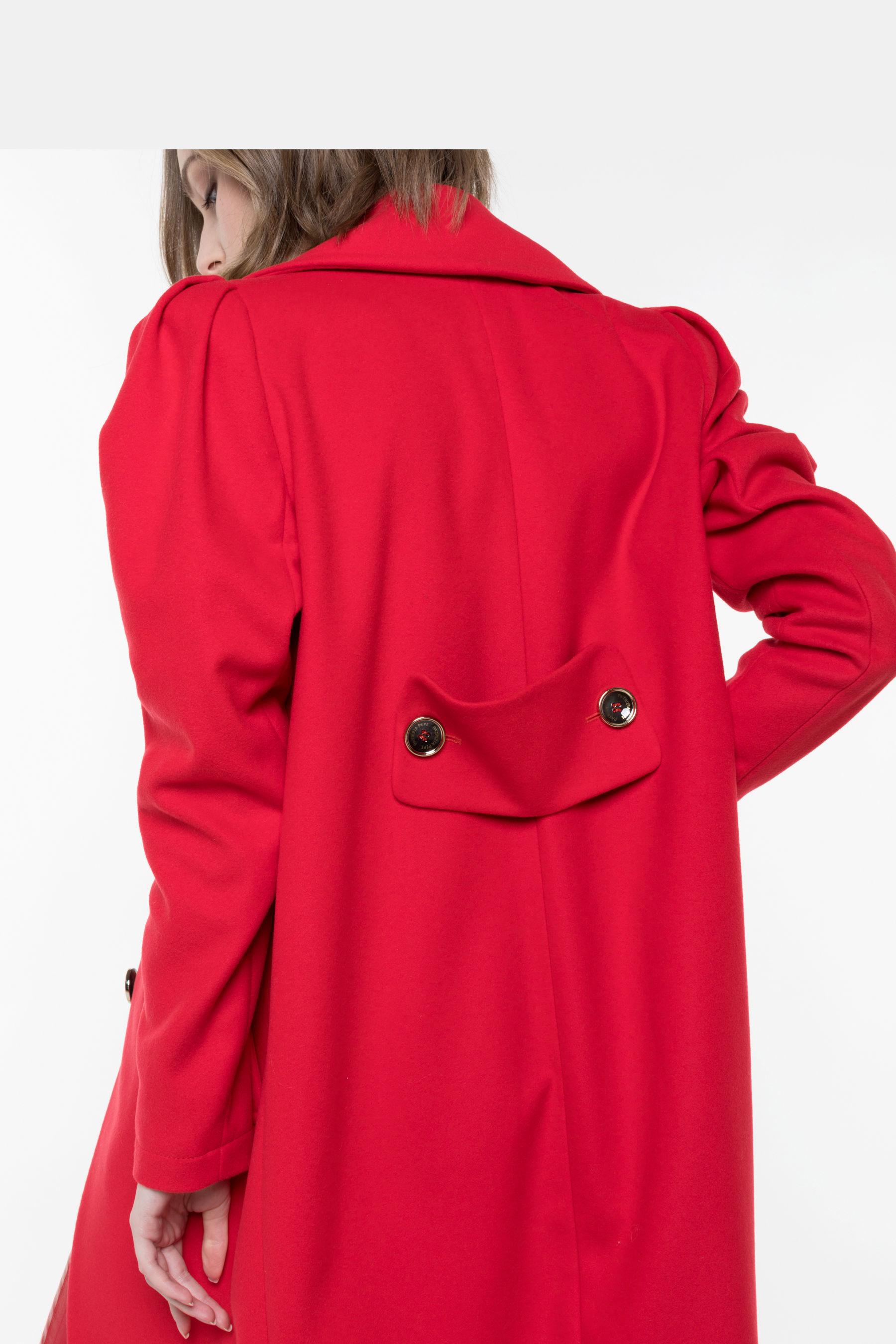 Cappotto di panno di colore rosso.   LOSAN