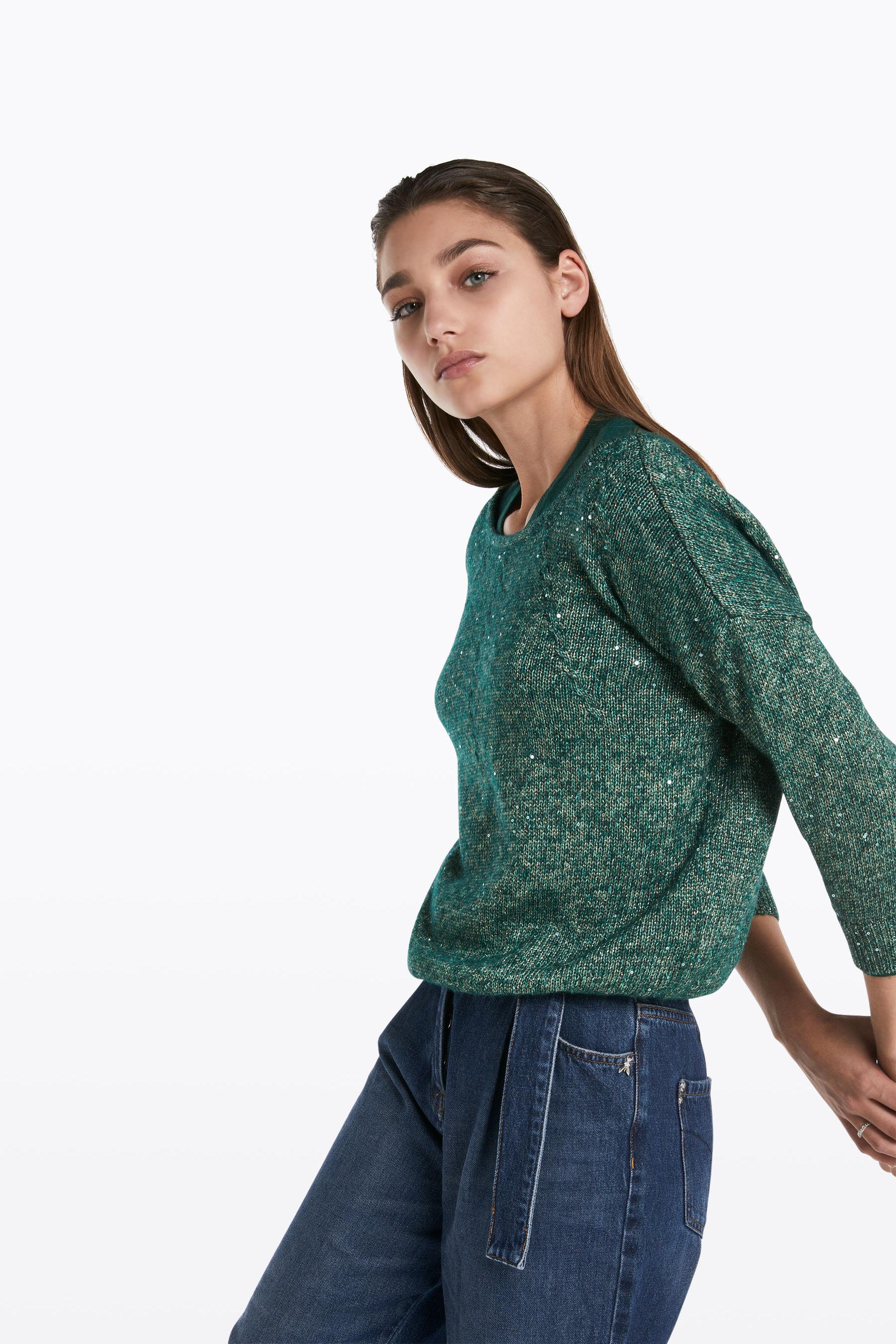 Jersey de pico o cuello redondo? | Carmen Personal Shopper